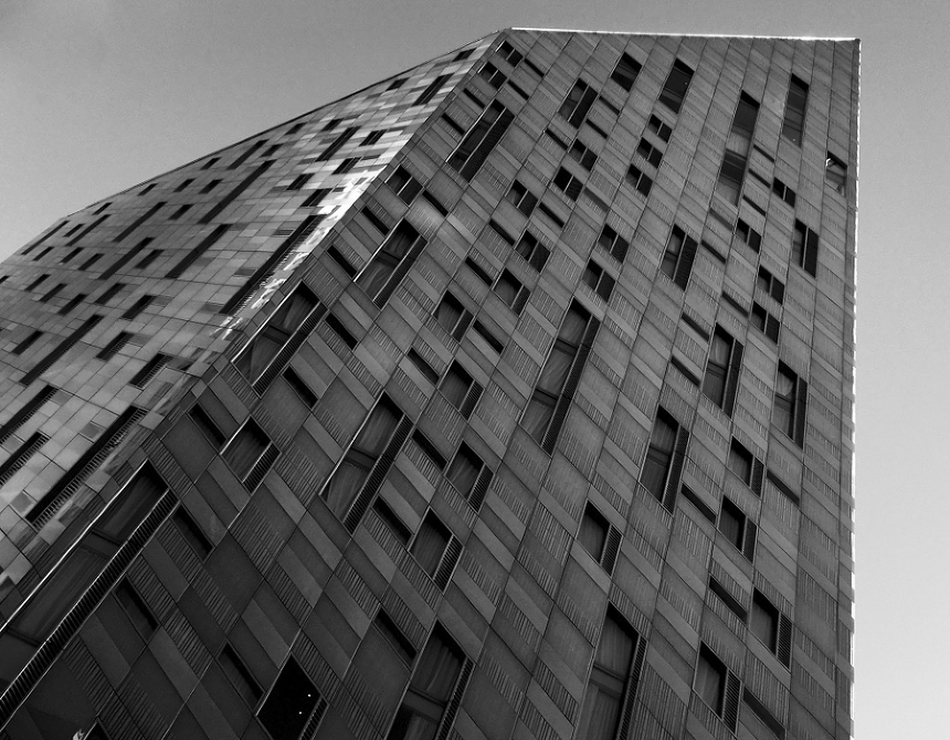 Advanced Composition Techniques In Architectural Photography